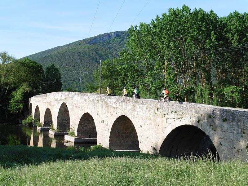 "3ª etapa Traspaderne - Haro ""Salida pte. rio Nela"""