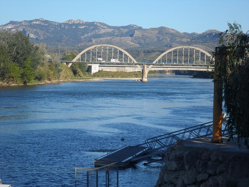 Mora de Ebro.