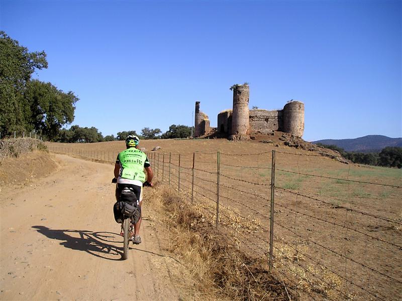 Castillo Real de la Jara