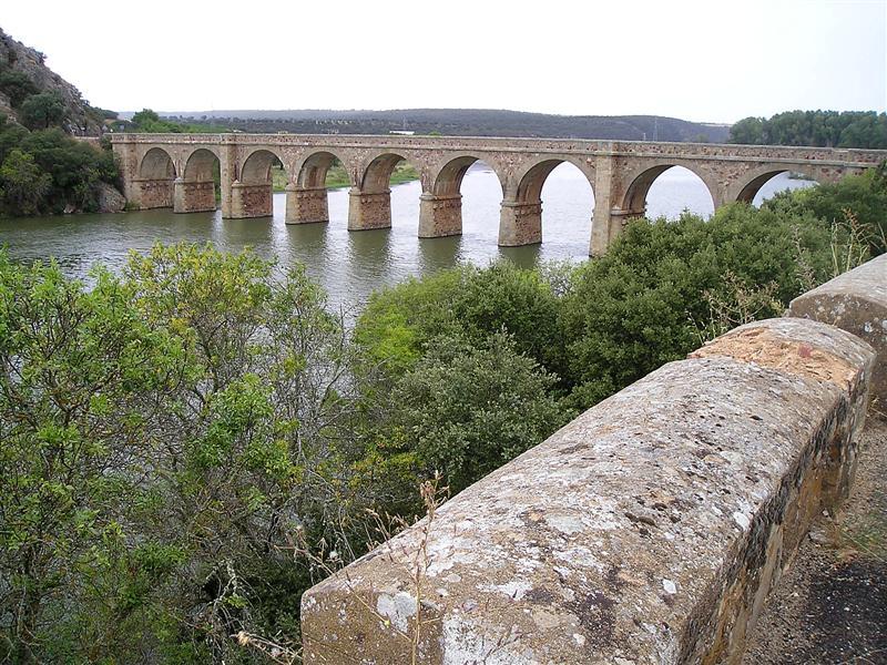Puente Quintos rio Esla