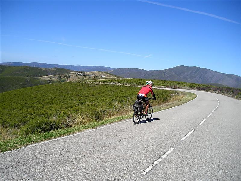 Camino Campobecerros