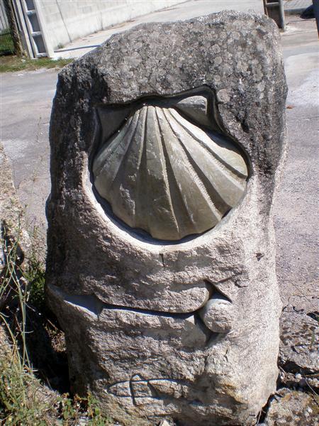Monolito escultórico
